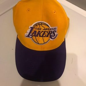 Adidas LA LAKERS hat